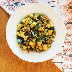 5 Spices & a Veggie, an 'Ayurvedic' Stir-Fry #chitchaatchai